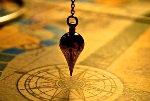 Pêndulos para adivinhação futuro presente