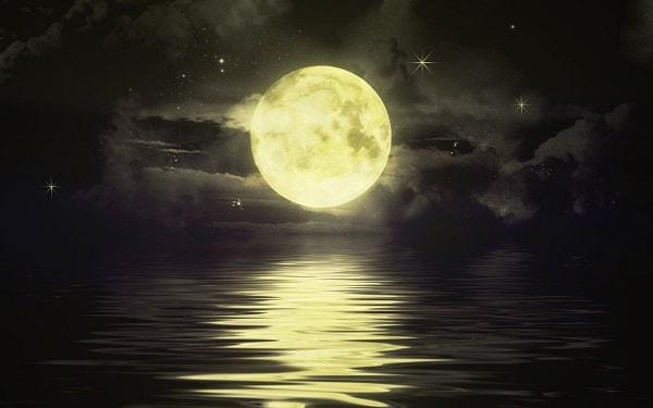 Fases da Lua crescente magia poder encanto
